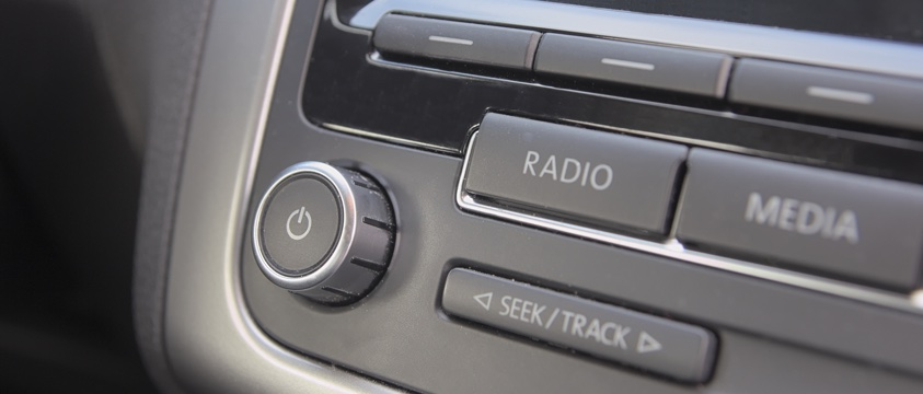 photo car radio controls