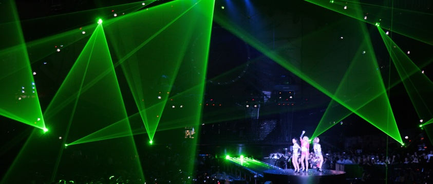 green laser lights at girl band concert